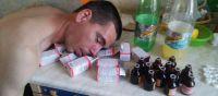 Сын пьет и не хочет работать молитвы. Как начинается формироваться алкогольная зависимость{q} Как помочь сыну бросить пить: более детально